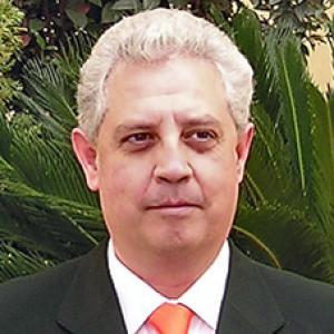 Miguel Solís Mena